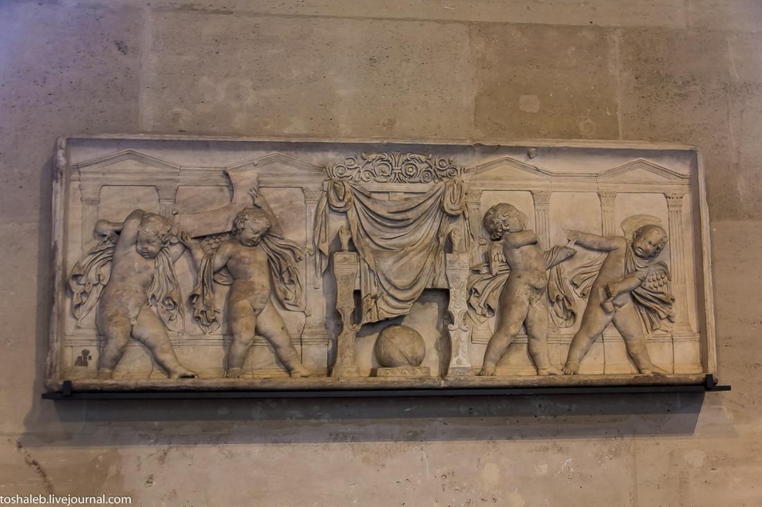 Louvre-29