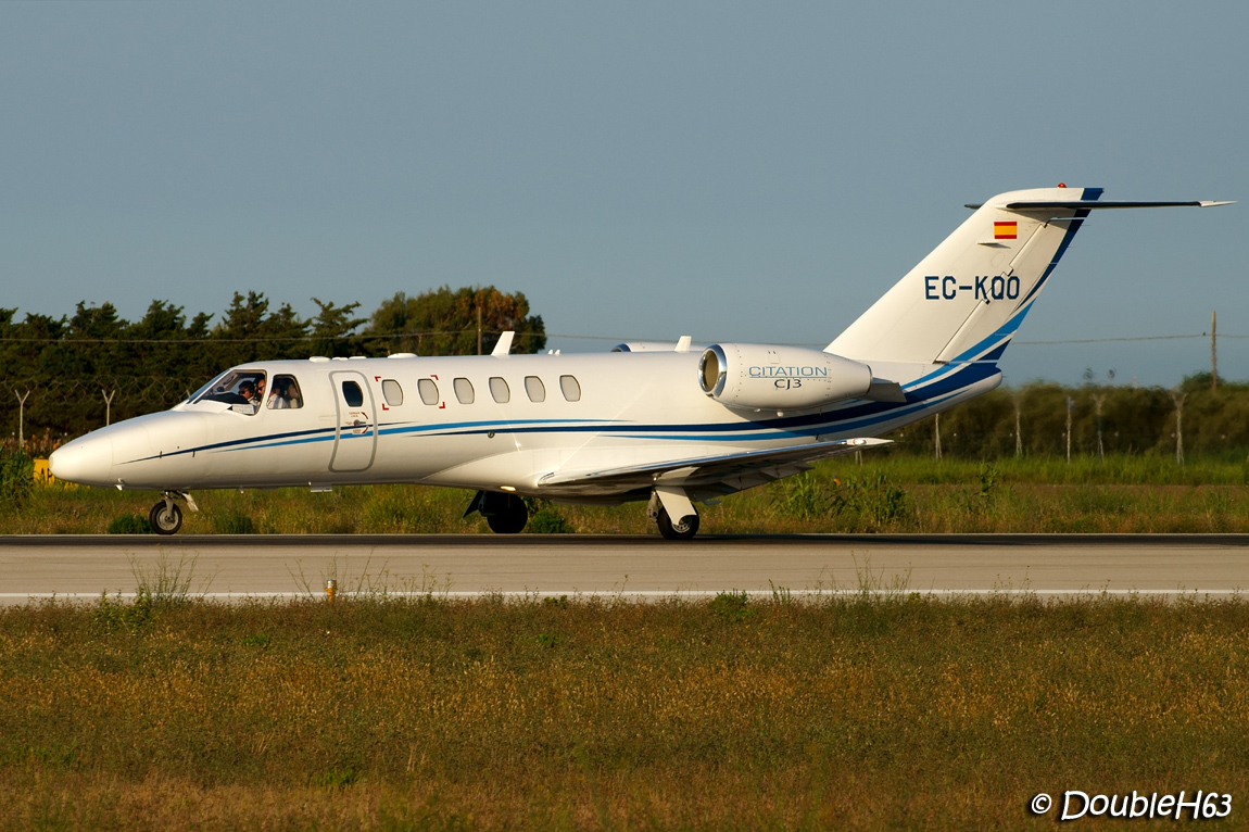 Brindisi - Salento Airport [BDS-LIBR] 15017507715_c3db781541_o