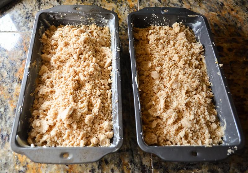 Zucchini-Bread-with-Brown-Sugar-Crumb-Mixture.jpg