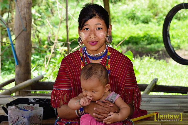 Kayaw mom and child