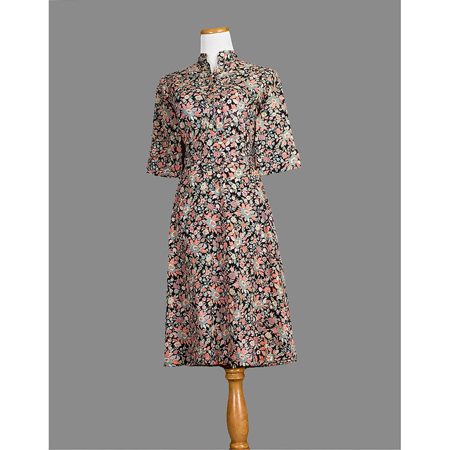 50sfloraldaydress