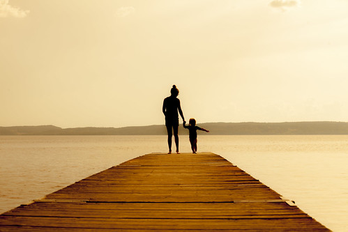 boy woman seascape landscape pier sweden horizon silouette matsanda bhalalhaika