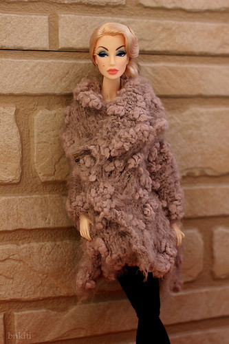 """hand knitted shawl for 12"""" and 16"""" doll"""