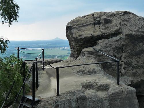 Drábské světničky – skalní hrad v dobách neloupežnických
