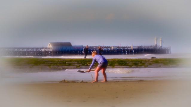 L'enfant à la plage.