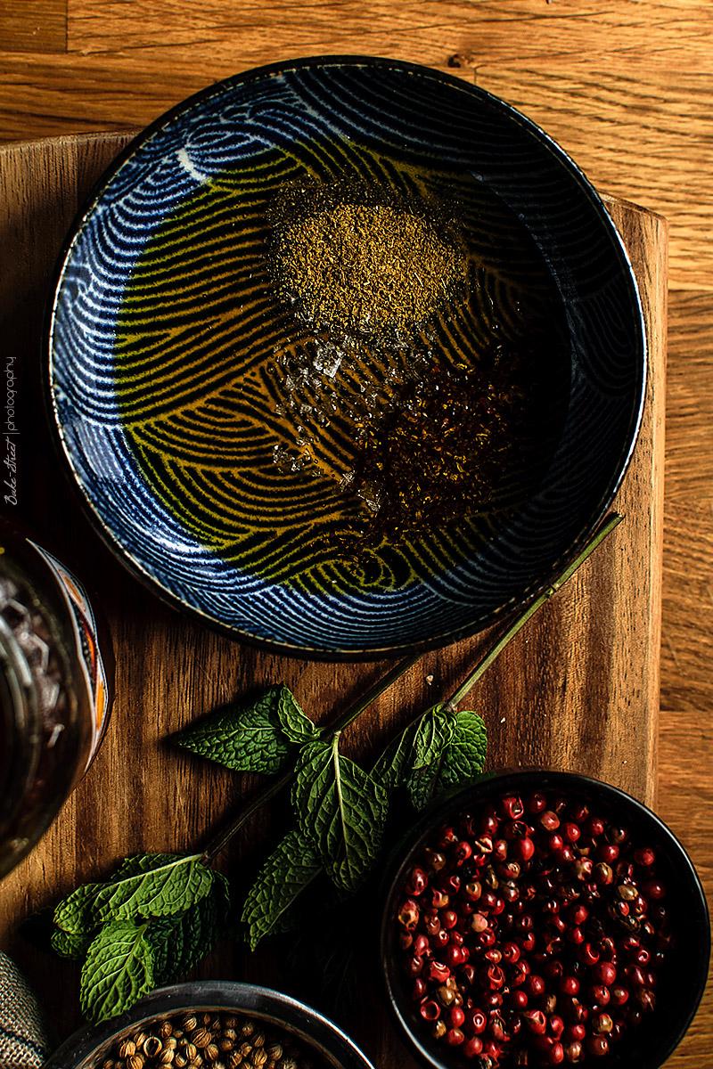 Calabaza asada con kale, feta y granada