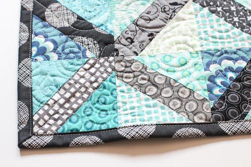 Amanda's X-block Mini Quilt