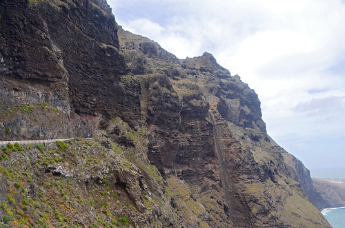 The tunnel at Punto de Teno