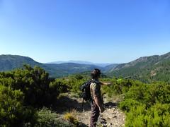 Sentier de descente vers Calafronaja : Olivier devant Aullène