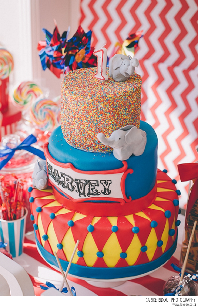 Get Some Inspiration From This Colourful Carnival Party