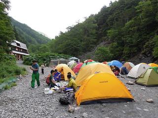 北沢峠 長衛小屋のテン場