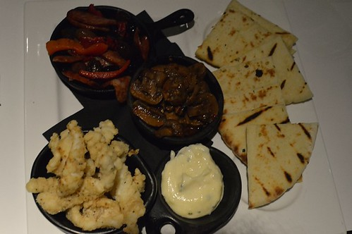 Level One Lounge: Sautéed chorizo with capsicum, olive and rosemary, garlic and chilli mushrooms, lemon pepper calamari with garlic aioli