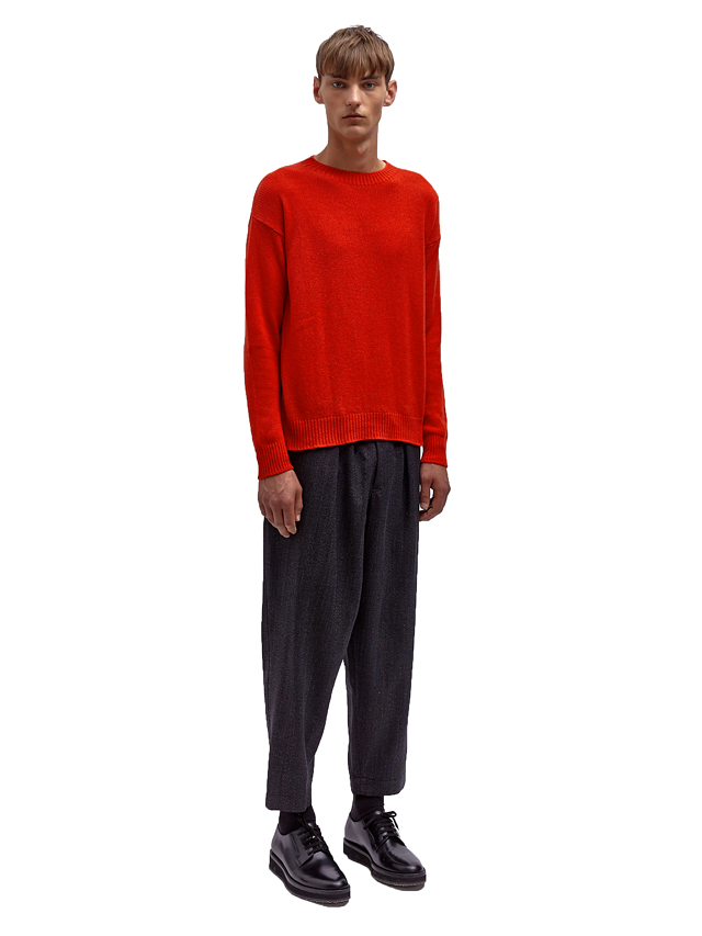 Sweating-it-in-cashmere_05