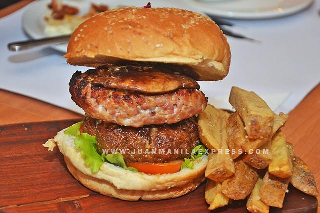 LIBERTY NEW YORK STEAKHOUSE. Liberty Ultimate Steak Burger.