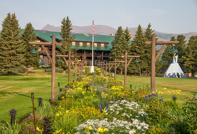 East Glacier Lodge