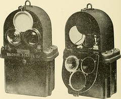 "Image from page 371 of ""Cyclopedia of applied electricity : a general reference work on direct-current generators and motors, storage batteries, electrochemistry, welding, electric wiring, meters, electric lighting, electric railways, power stations, swit"