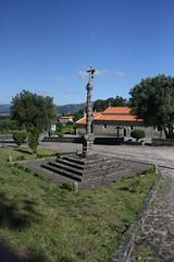 Cruzeiro de São Pedro de Arcos, Ponte de LIma