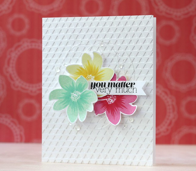 SSS~Friendly Flowers & Triangle Border die