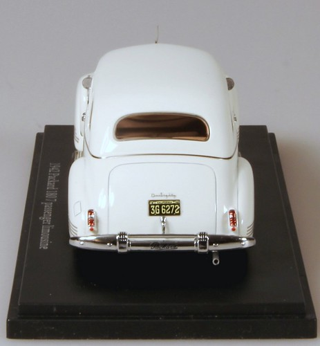 www.esvalmodels.com  1942 Packard be_bk