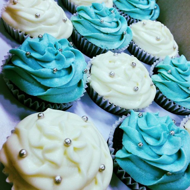 Sugar Lily Cupcakes
