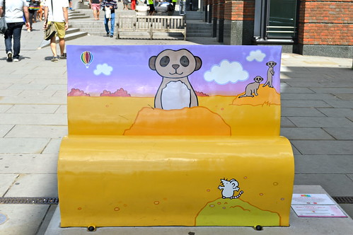 London Book Bench trail - Riverside