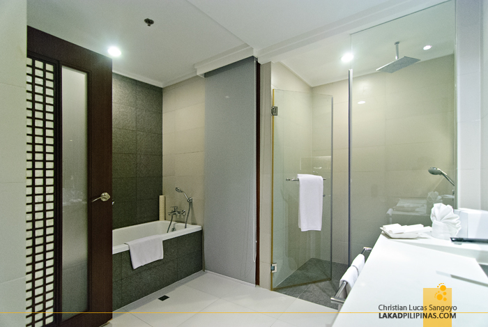 Toilet and Bath at Bellevue Resort in Panglao Island