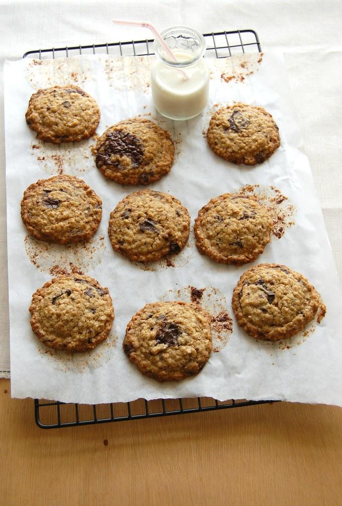 Quinoa choc chip cookies / Cookies de quinoa e chocolate