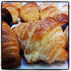 meal, breakfast, baked goods, pain au chocolat, food, viennoiserie, cuisine, danish pastry, croissant,