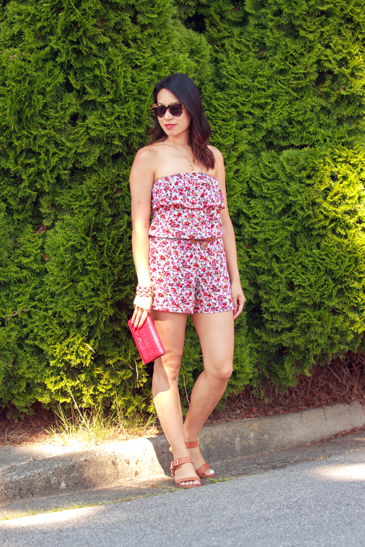 AMI Clubwear floral print romper, Vancouver, September, fashion, style, Chanel camellia wallet on chain, Sam Edelman Trina sandals, Karen Walker Number One sunglasses, summer, H&M