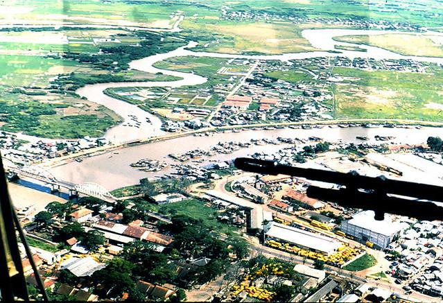 Cầu Tân Thuận qua Kinh Tẽ