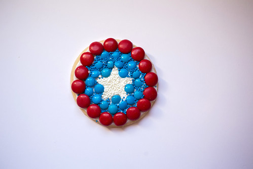 Captain America Shield Cookies #HeroesEatMMs #Shop