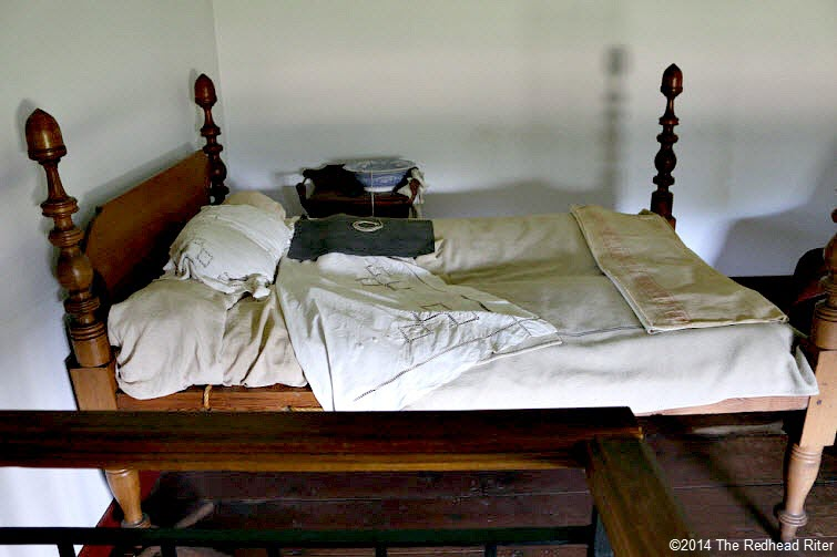 quilt and bed that - Stonewall Jackson died in - Guinea, Virginia
