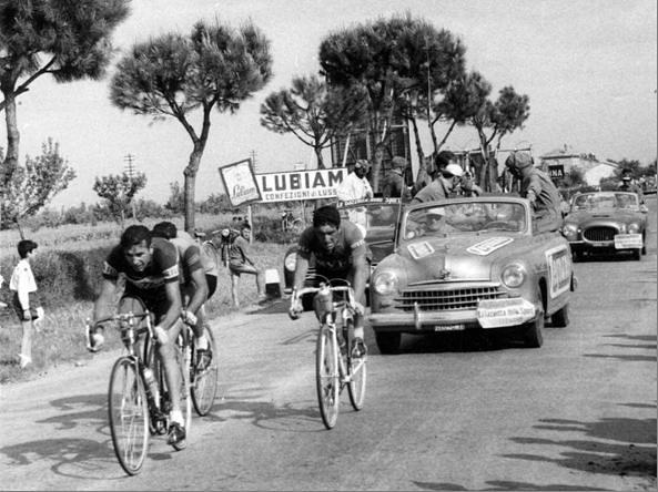 Giro d'Italia 1955 - Pierino Baffi e Sergio Ferrando in fuga