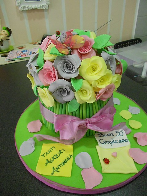 Flower Cake by Torte Candy Lab