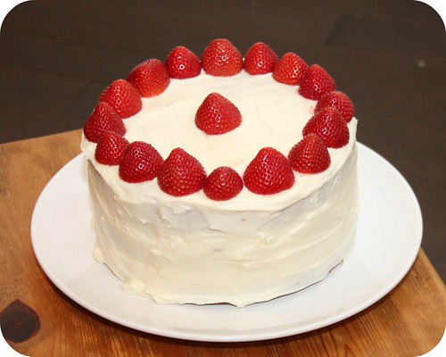 Italian Creme Cake with Strawberries