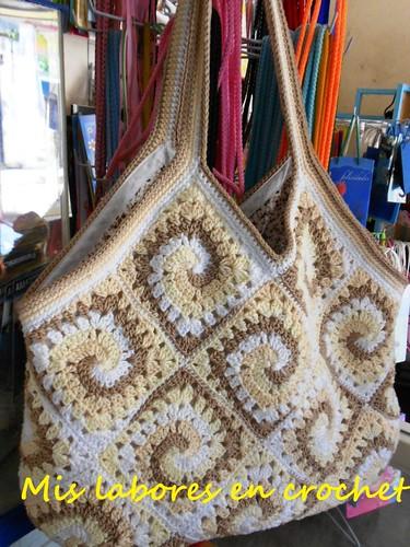 Mis labores en Crochet: PAP Tejido y Forro de Bolsa hecha de Grannys