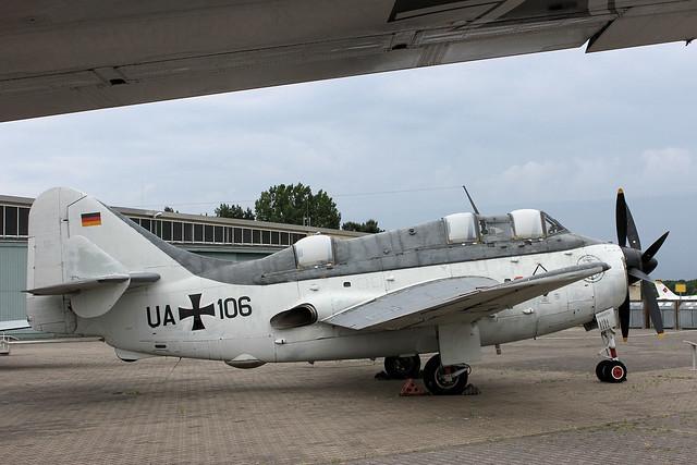 UA+110