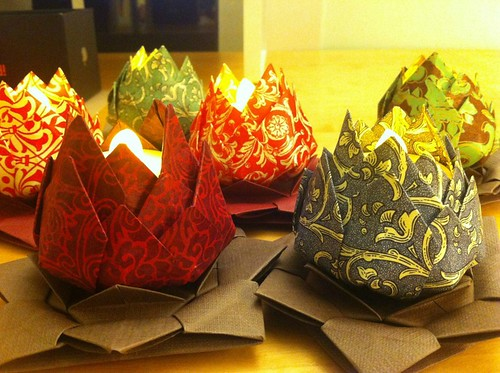 origami-lotus-candle-holders