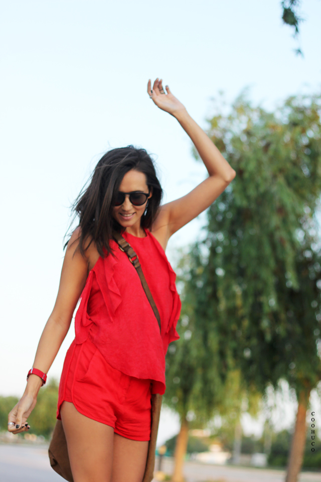 woman red dress coohuco 4