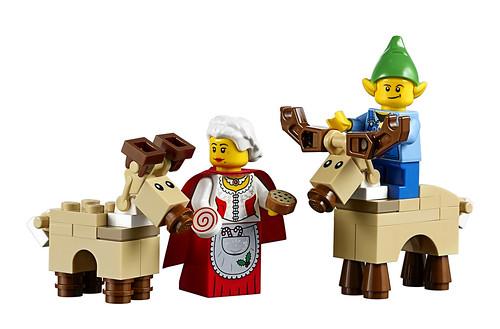 LEGO 10245 Santa's Workshop 07