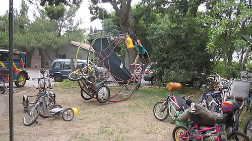 Cirque du Whymcycles, German Wheel with Kid and Amphibious Ballast