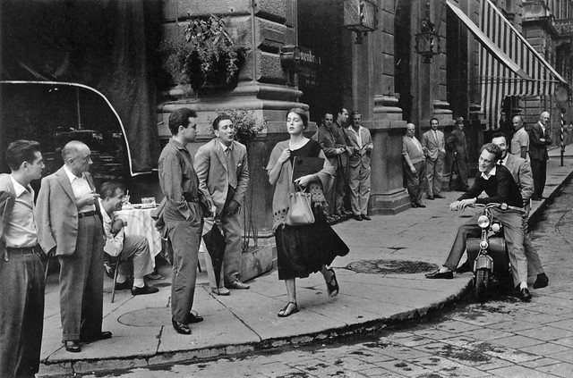 Ruth Orkin - American girl in Italy, 1951