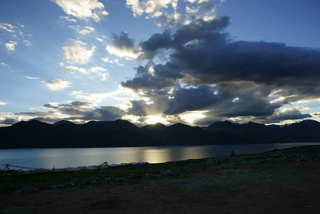Dawn at Pangong-Tso lake. Ladakh, 10 Aug 2014. 466