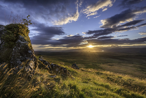 sunset landscape scotland cloudy alba queensview thewhangie auchinedenhill emptyacres nikond800 nikonafsnikkor1635mm14gedvr