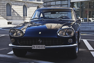 330 GT 2+2 Series I