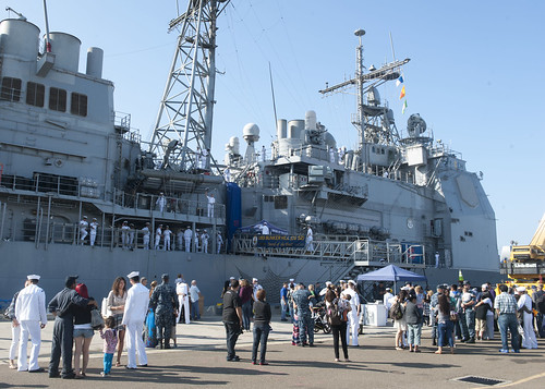 SAN DIEGO (Aug. 22, 2014) – Sailors say their final goodbyes to their families before boarding the guided missile cruiser USS Bunker Hill (CG 52) for a scheduled deployment to the Western Pacific and U.S. Central Command area of responsibility.