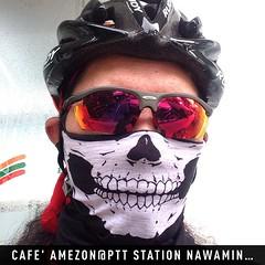 ปั่นจักรยานมานั่งกินกาแฟ วันนี้อากาศดี ไม่ร้อน #instaplace #instaplaceapp #place #earth #world  #thailand #TH #จรเข้บัว #cafeamezon@pttstationnawaminrd #coffee #street #day #travelprobike #travelprothai