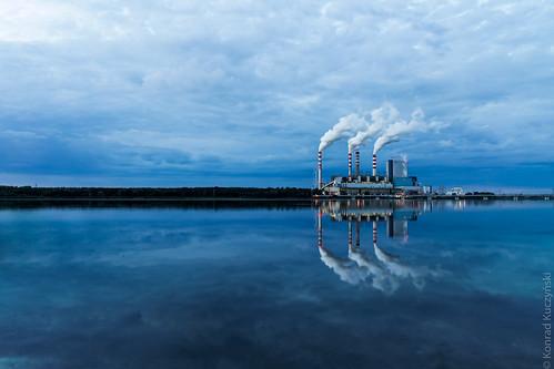 blue sunset summer sky lake water clouds forest smoke poland shore powerplant refllection konin gosławice kundziu