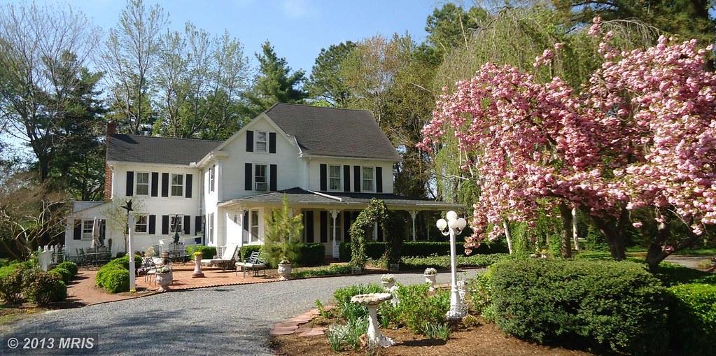 House Hunt Part 1 A Classic 19th Century Farmhouse