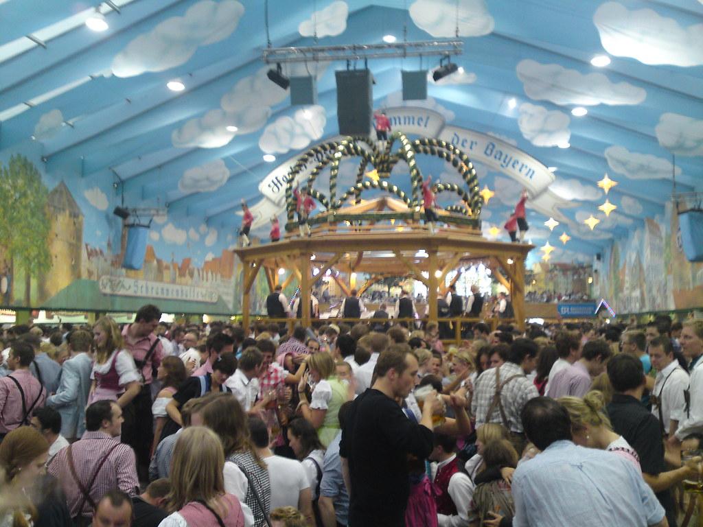 Hacker pschorr tent! & Oktoberfest! | Go By Stølsvik